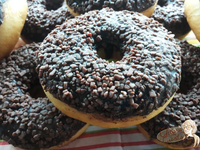 b_0_0_0_10_images_donuts_al_cioccolato.jpg